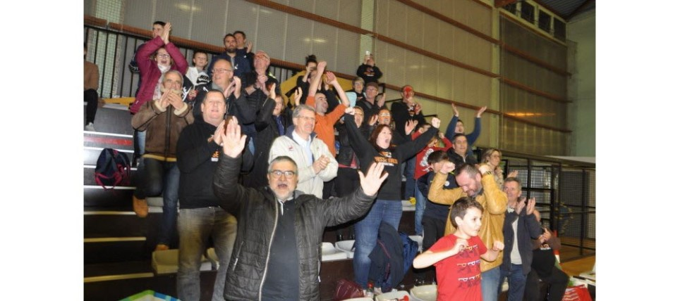 les-supporters-ont-ete-un-element-determinant-dans-la-victoire-face-a-da-dijon-photo-jsl-jean-milleret-1583667828 (1)